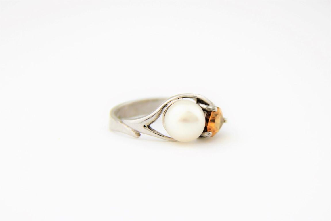 pearl citrine ring