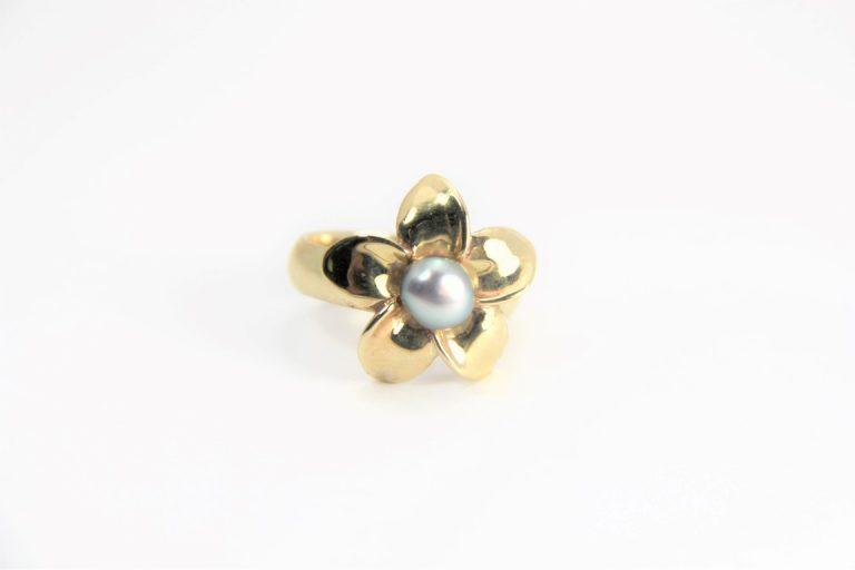 gold keshi ring